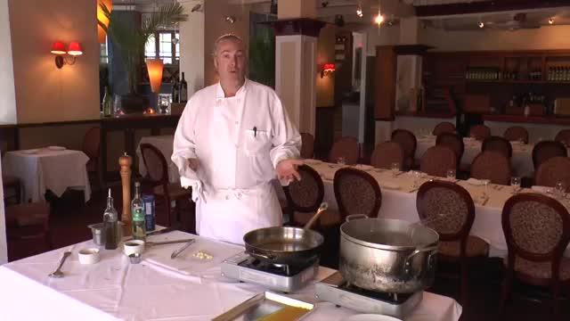 Tre Piani HowTo Spaghetti Garlic and Olive Oil Jim Weaver