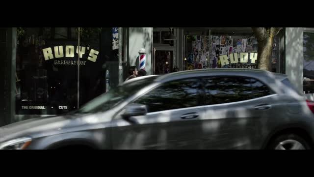 Mercedes-Benz 2016 GLA 'Shattered'