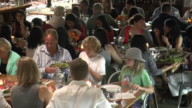 Brick Farm Market MARKET DINNERS à La Family