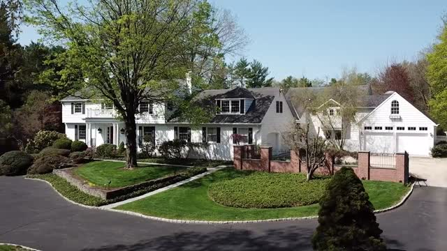 124 Brookstone Drive, Princeton, New Jersey