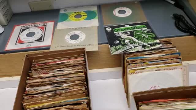 Just Arrived: Over 400 vintage Rare 7 inch 45s Singles