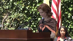 Ellie Kemper '02 gives 2019 Class Day remarks at Princeton