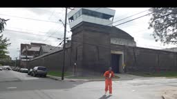 Prisoner ESCAPES from TRENTON STATE PRISON with help from wheelchair