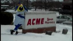Boomer visits ACME Markets in Hamilton!