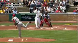 Phils Halladay Sinks Pirates