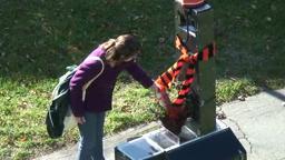Fruitcake Robot Phobetor delivers a fruitcake