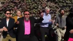 Ai Weiwei Gangnam Style (artist Princeton Fountain's Circle of Heads)